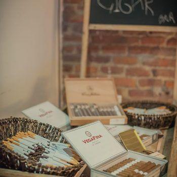 caja de tabaco, cigarros y puros boda